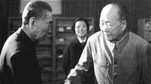 周恩来毛泽东勾心斗角相互斗争一辈子